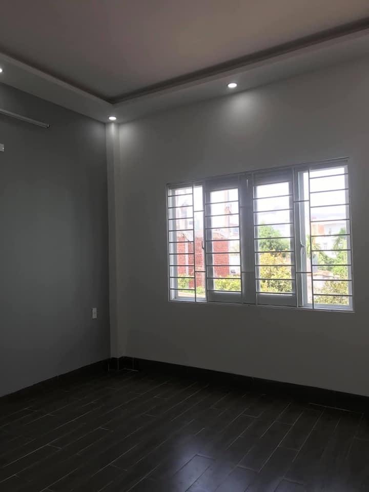 Bán nhà 1 mê, hẻm xe hơi - Trần Hưng Đạo - Quy Nhơn